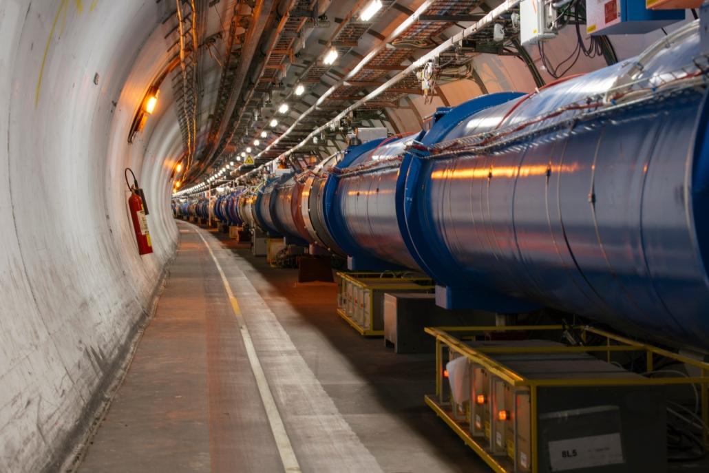 Der LHC (Large Hadron Collider) in seinem 27 Kilometer langen Tunnel (Quelle: https://home.cern/news/news/accelerators/record-luminosity-well-done-lhc. Abgerufen am 11.05.2021, 18:29 MESZ)
